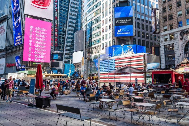 USA-krigsmakt som rekryterar stationen i Times Square i New York C royaltyfri bild