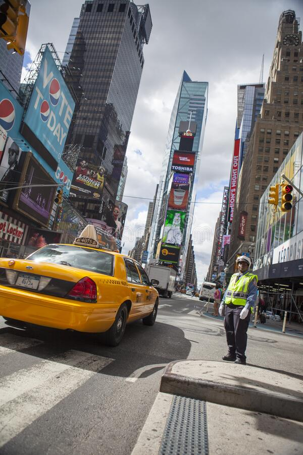 USA, New York City - 10. September 2010 Verkehr auf dem Times Square in New York lizenzfreie stockfotografie