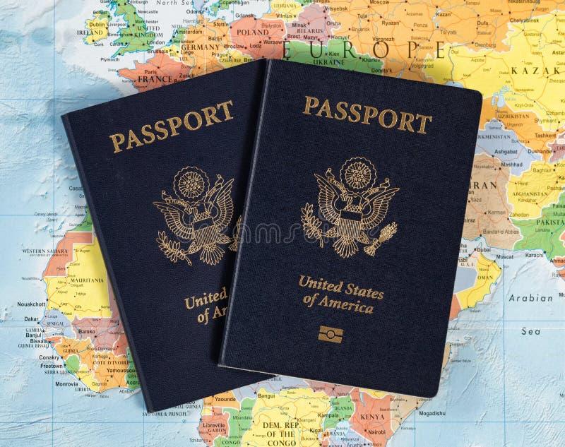 USA passböcker för att resa världen royaltyfri foto