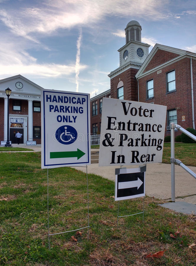 USA Presidential Election 2016, Voter Entrance, Rutherford, NJ stock photos