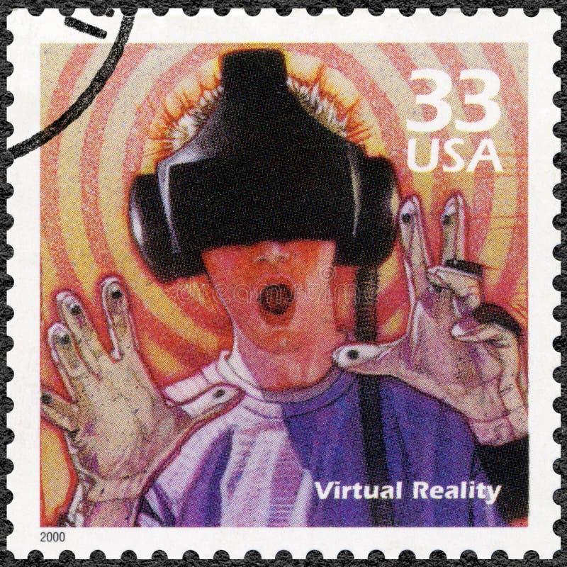 USA - 2000: przedstawienia Obsługują używać rzeczywistości wirtualnej grę, serie Świętują wieka, 1990s fotografia royalty free