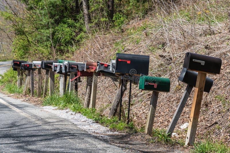 USA skrzynki pocztowe na drewnianych pocztach obraz royalty free