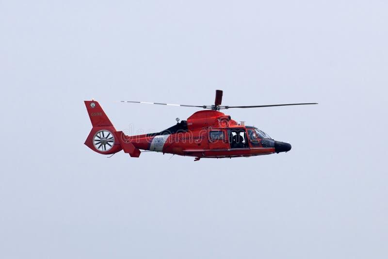 USA straży przybrzeżnej MH-65-C Dauphin ratuneku helikopter zdjęcie royalty free