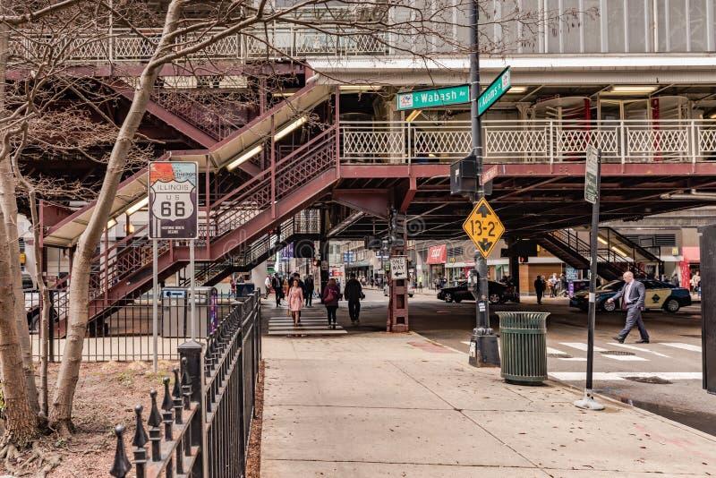 USA 66 trasa Podpisuje wewnątrz W centrum Chicago obraz stock