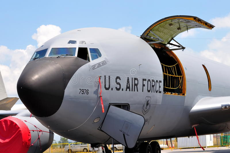 Download USAF Boeing Military Cargo Plane At Airshow 2010 Editorial Stock Image - Image of united, center: 12896839