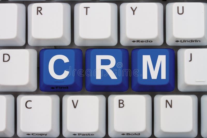 Usando el software de CRM foto de archivo libre de regalías