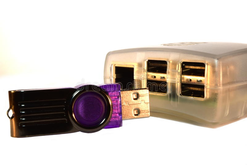 USB-Geheugenstok en de Computer van de Frambozenpi enig-Raad stock afbeelding