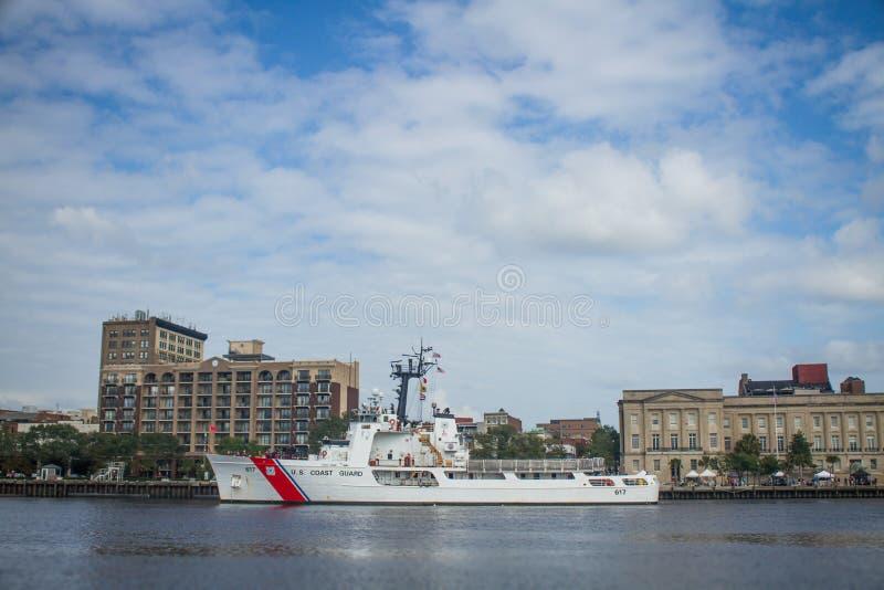 USCGC vaksam WEMC-617 royaltyfri bild