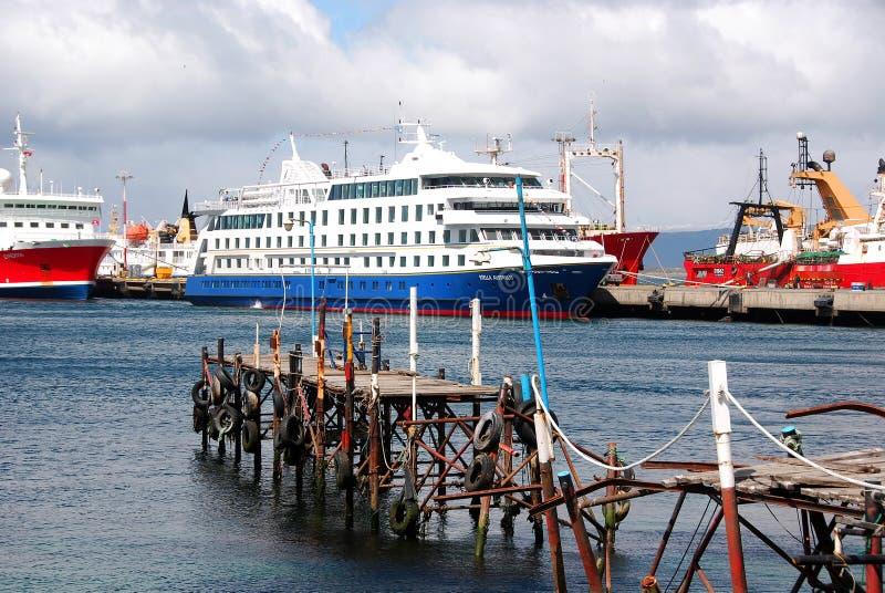 Download Ushuaia harbor editorial photo. Image of colorful, patagonia - 26911411