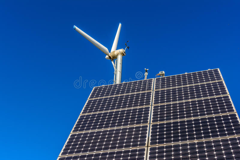 Usine d'énergie éolienne photo libre de droits
