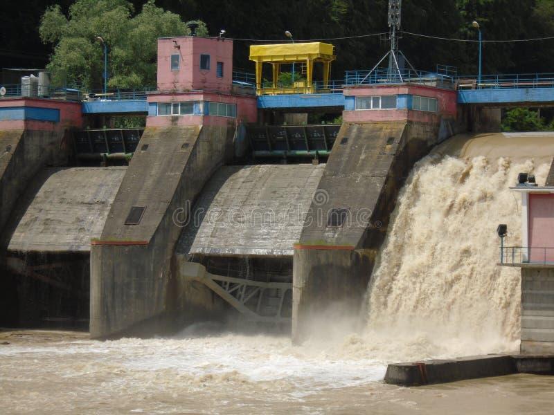 Usine d'énergie hydraulique photos libres de droits