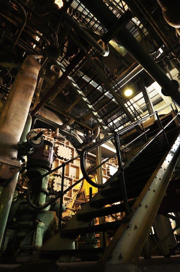 Usine de centrale à charbon d'intérieur images libres de droits