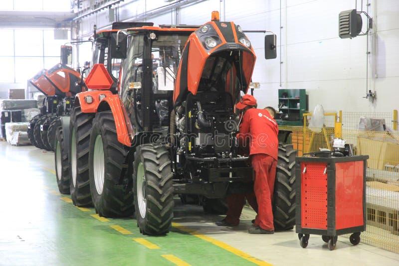 Usine de tracteur d'Ursus en Pologne images libres de droits