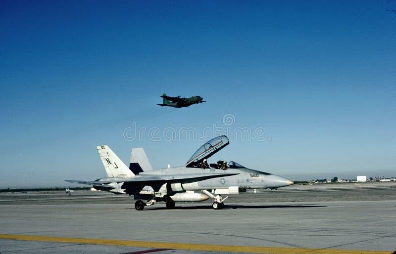 USN McDonnell Douglas F/A-18B CAS Yuma, Az 1985 fotografia stock libera da diritti