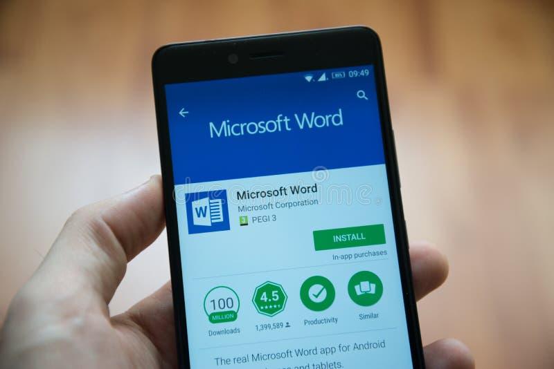 Uso de la palabra del Microsoft Office en tienda del juego de Google fotos de archivo