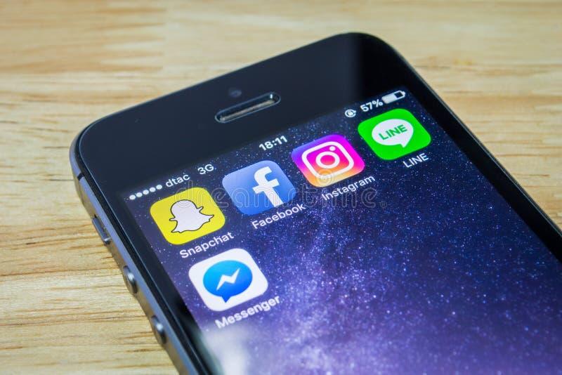 Usos sociales populares de la red imágenes de archivo libres de regalías