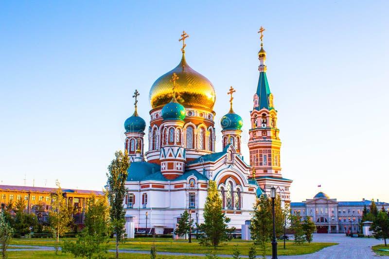 Uspenskiy Sobor in città Omsk immagine stock libera da diritti