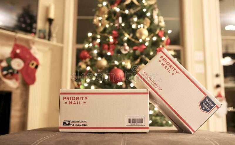 USPS快递邮件圣诞节节日礼物 图库摄影