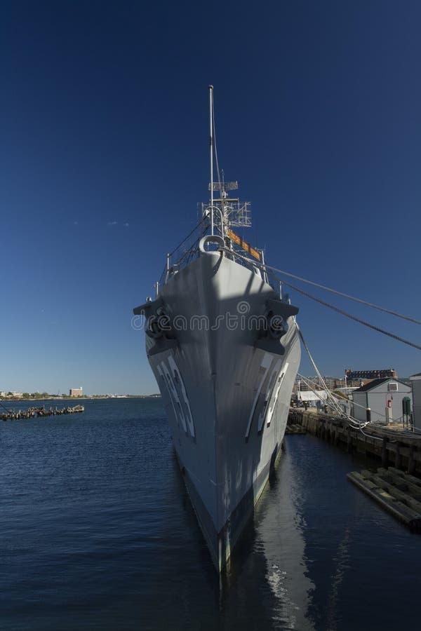 USS卡辛年轻人(DD-793) 免版税库存照片