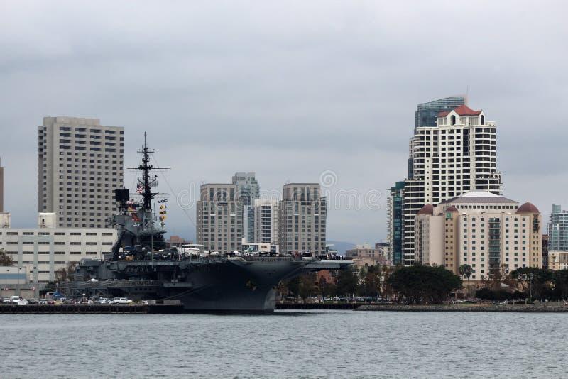 USS ευρισκόμενο στη μέση του δρόμου, Σαν Ντιέγκο στοκ εικόνα με δικαίωμα ελεύθερης χρήσης