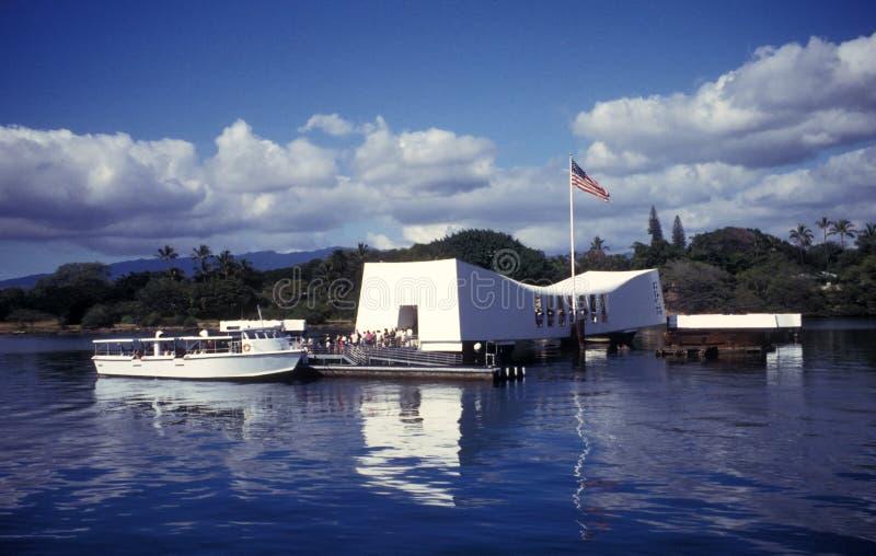 USS Arizona Denkmal und Fuss-Fähre stockbild