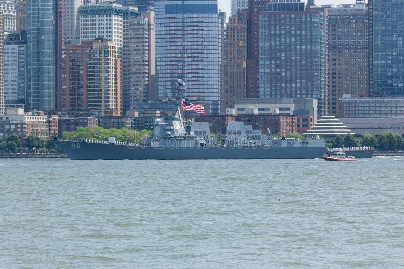 USS Bainbridge alla settimana della flotta immagine stock libera da diritti