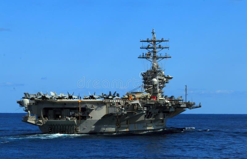 USS Dwight D Eisenhower arkivfoto