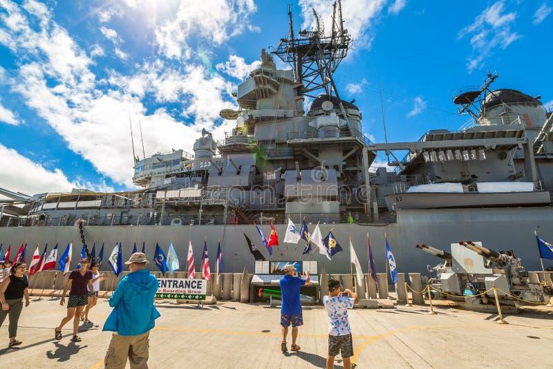 USS Missouri flaggor royaltyfri foto