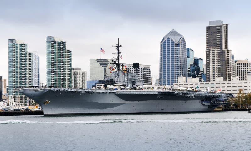 USS mittler lizenzfreies stockbild