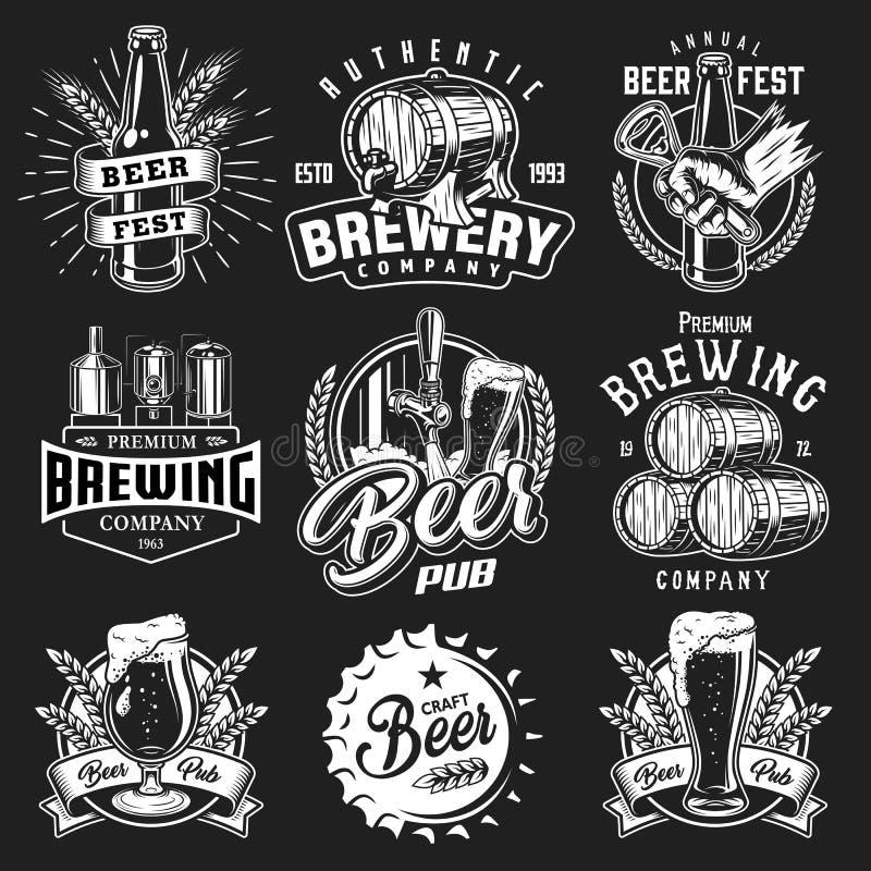 Ustawia emblematy z piwnymi przedmiotami royalty ilustracja
