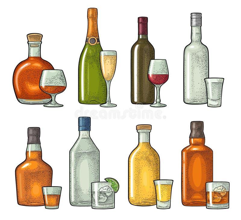 Ustawia szkła i butelki whisky, wino, tequila, koniak, szampan Wektorowy rytownictwo royalty ilustracja