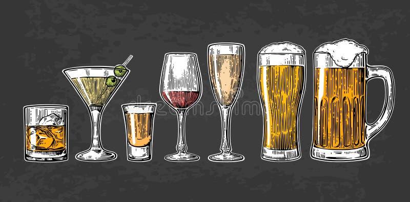Ustawia szklanego piwo, whisky, wino, tequila, koniak, szampan, koktajle ilustracji