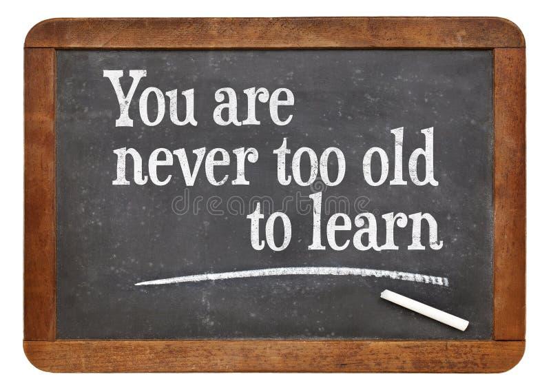 Usted nunca es demasiado viejo aprende también fotos de archivo