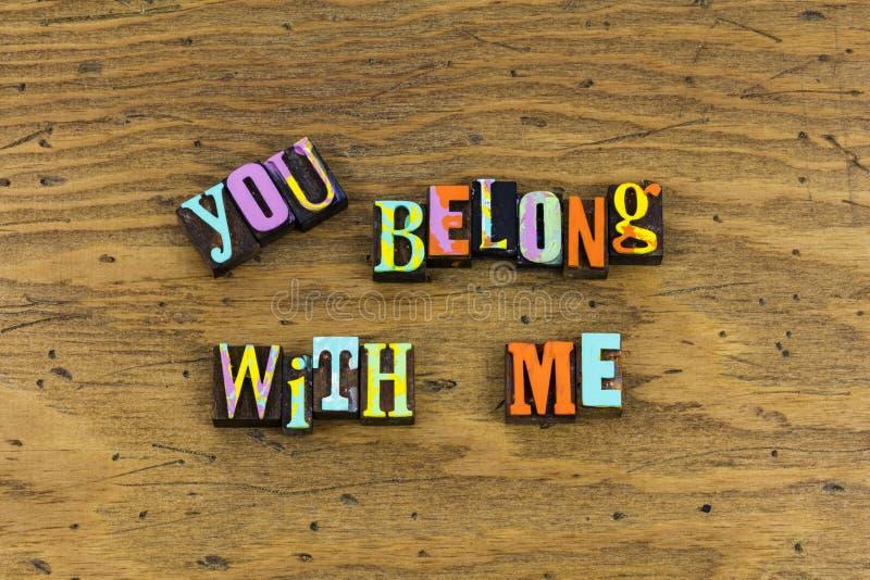 Usted pertenece conmigo junto foto de archivo