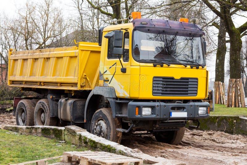 Usyp żółta Ciężarówka zdjęcie stock
