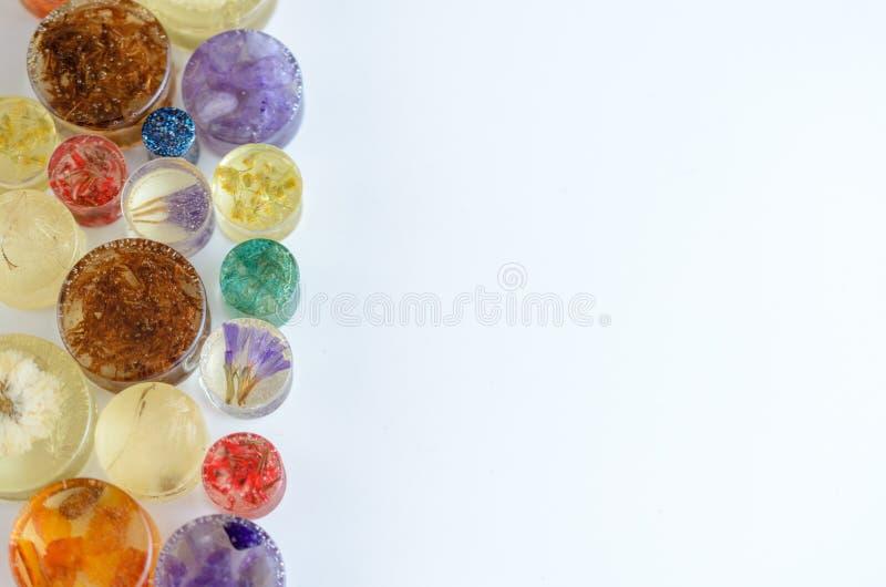 Uszata świderkowata biżuteria czopuje, tunele, wymierniki z przestrzenią dla teksta zdjęcie royalty free