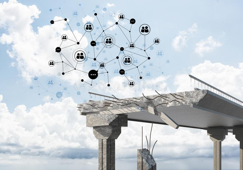 Uszkadzający kamienny most jako pomysł dla problemowego i ogólnospołecznego podłączeniowego pojęcia obraz stock