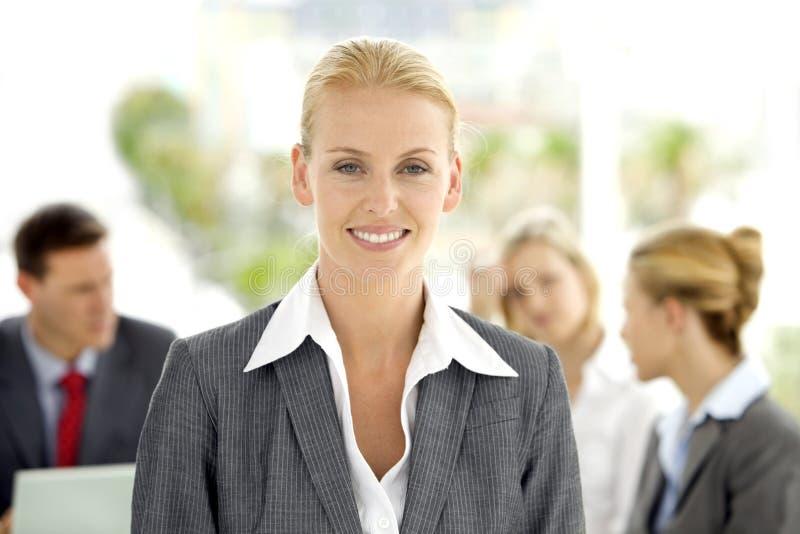 Utövande kvinnaledare royaltyfria foton