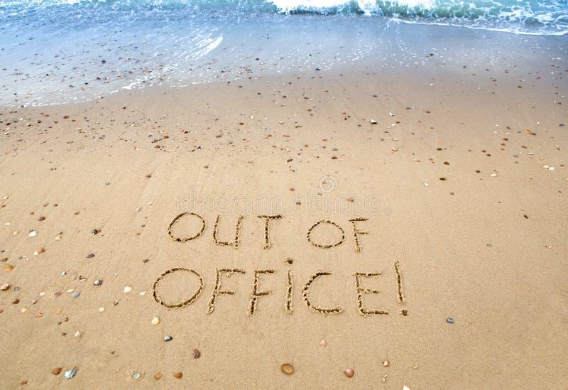 Ut ur kontor arkivfoto