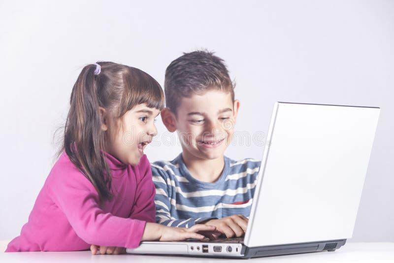 Utbildning teknologi och e-lära begrepp arkivbild