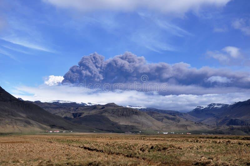 utbrotticeland vulkan royaltyfri bild