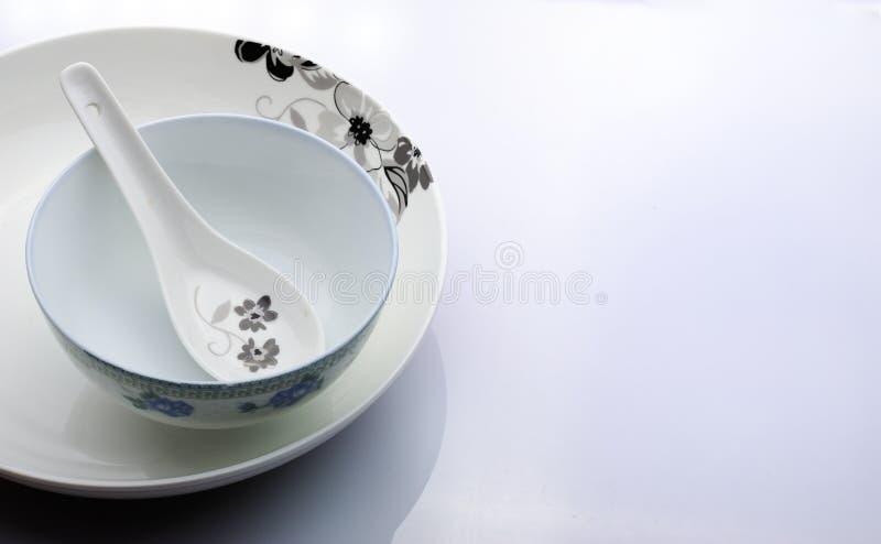 Download Utensílios De Mesa Do Estilo Chinês Foto de Stock - Imagem de ceramics, novo: 26512636