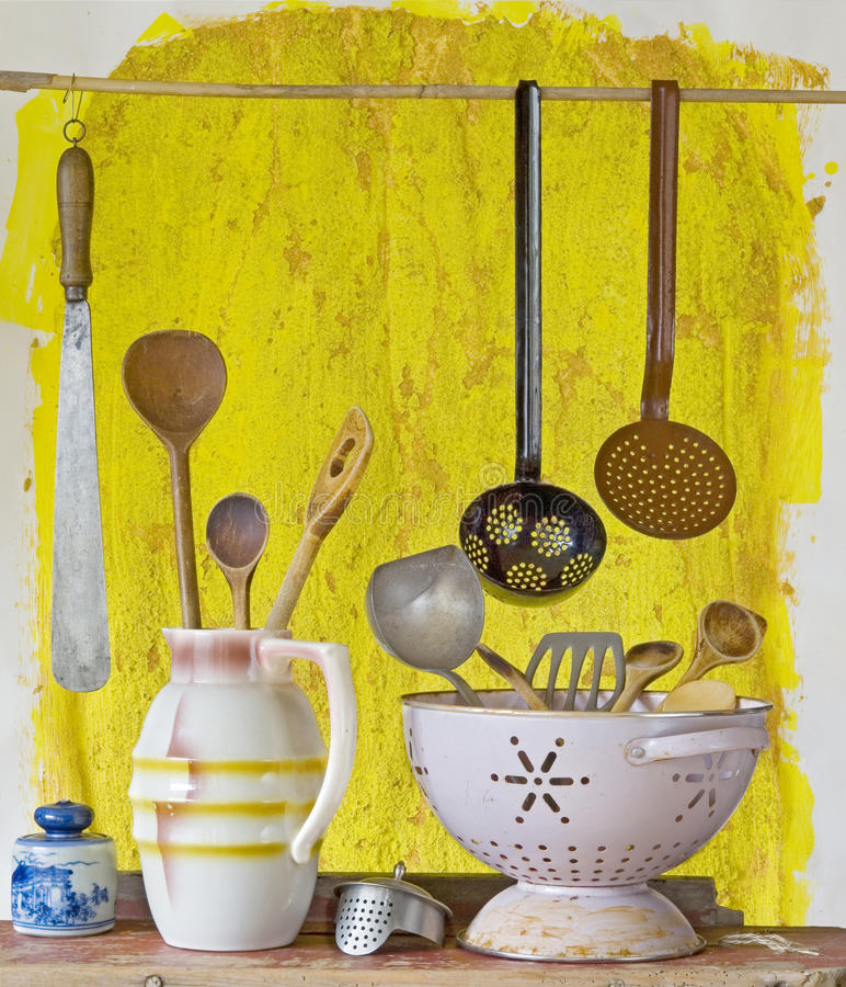 Utensilios De La Cocina Del Vintage Foto de archivo - Imagen de ...