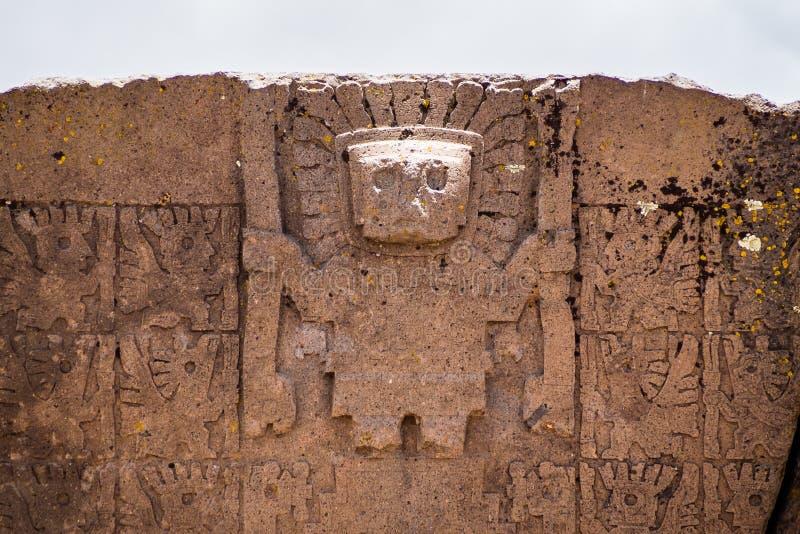 Utfärda utegångsförbud för av Sunen Kalasasaya tempel Tiwuanaku arkeologisk plats i Bolivia royaltyfri bild