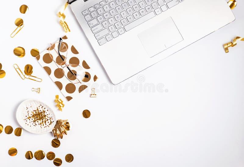 Utformad bästa sikt för kvinnlig arbetsplats arkivfoton