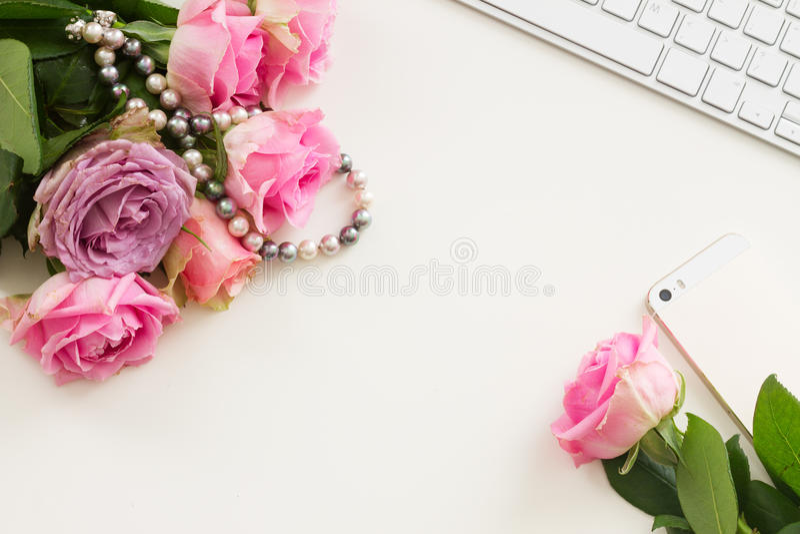 Utformad skrivbords- plats fotografering för bildbyråer