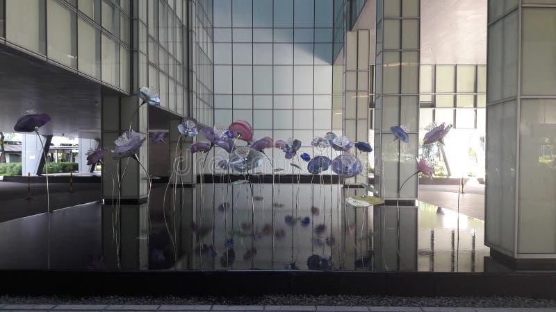Utformar blom- bakgrund för blomman Garden royaltyfri foto