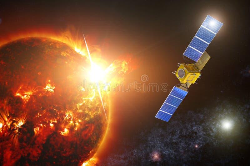 Utforskning av rymdensatellit som övervakar actinicityen av en solstjärna Fixade en kraftig exponering på yttersidan av photosphe royaltyfri foto