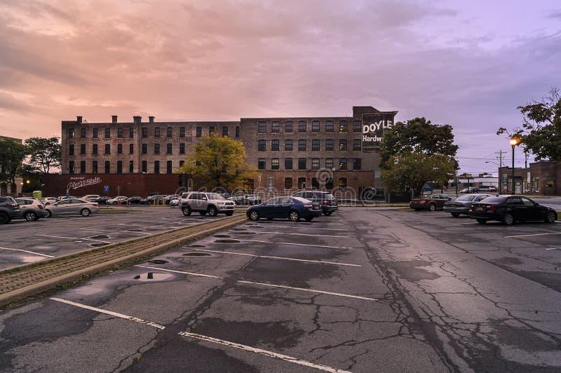 UTICA, NY, usa - OCT 02, 2018: Doyle narzędzia budynek jest historycznym fabrycznym budynkiem budującym między 1881 i 1901 praca  zdjęcie stock