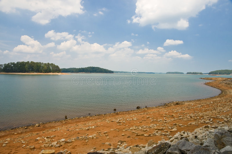 utjämniner lågt vatten arkivbilder